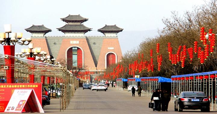 大红灯笼挂起来!临汾华门、尧庙景区年味儿扑面而来…