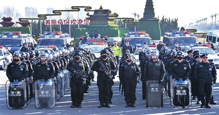 """尧都区公安局""""大巡逻、大清查、大防控""""行动启动"""
