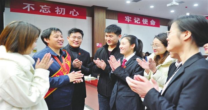 临汾市委组织部对新录用的389名公务员进行集中初任培训