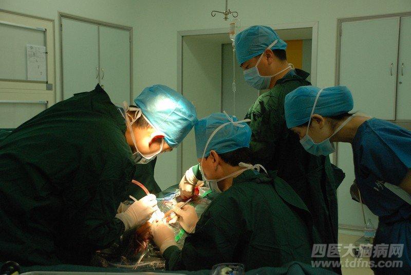帕金森病人做国产脑起搏器的效果怎样 帕金森病例